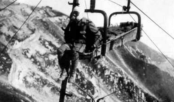 פינוי נפגעים איטלקים באמצעות קרוניות